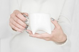 Mug white with platinum